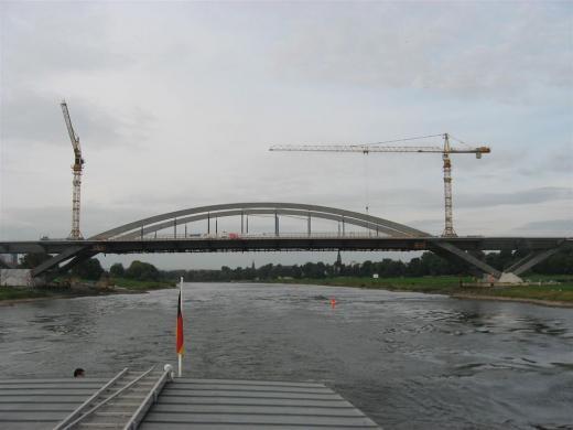 Die Waldschlößchenbrücke  Oktober 2011