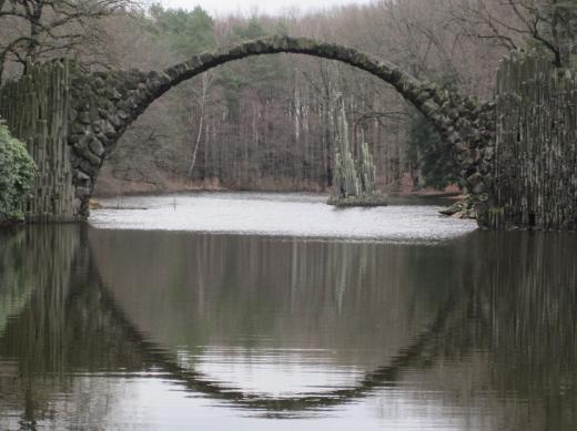 Rackotzbrücke im Rhododendronpark Kromlau