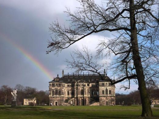 Regenbogen am Carolaschlösschen
