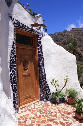 Wer wohnt wohl hinter dieser Tür