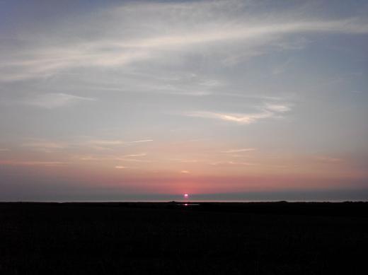 Sonnenuntergang über dem Riedensee an der Ostsee