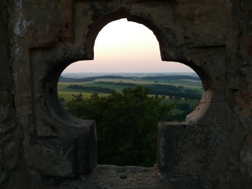 Frauensteiner Burgblick ins westliche Erzgebirge