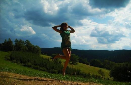 Nichts ist unmöglich, man kann auch auf einem Gebirge sitzen