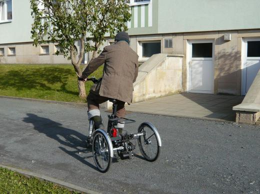 Dreirad-Fahren ist gar nicht so einfach!