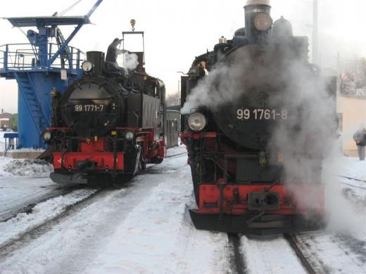 Altbaulok 99 1761 und Neubaulok 99 1771 in Freital Hainsberg